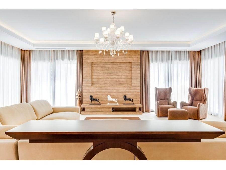 villa independiente 5 dormitorios nueva andalucia