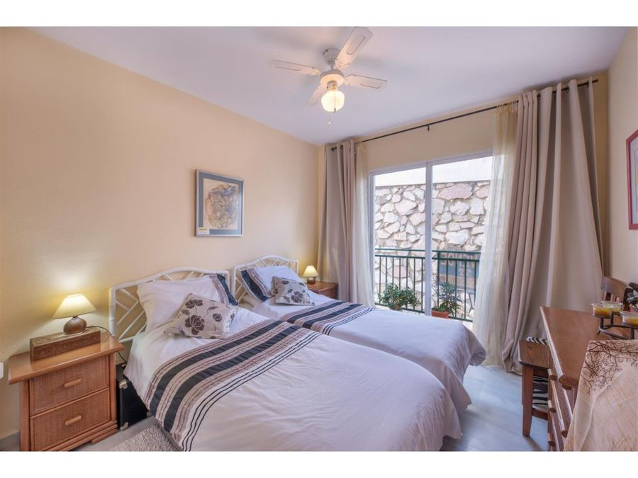 fantastico apartamento en calahonda