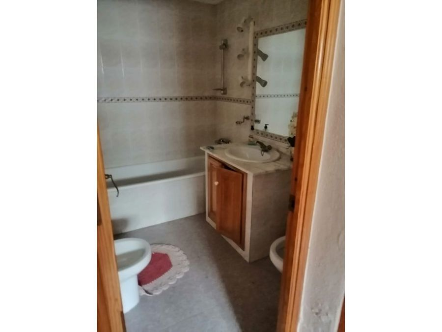 alquiler casa con piscina y 3 dormitorios en coin
