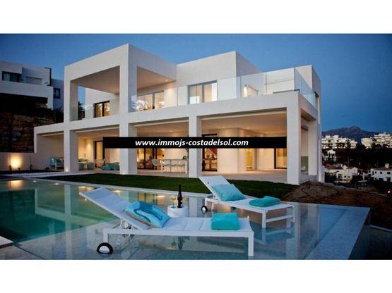 casa independiente en venta el paraiso benahavis