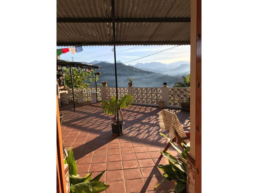 casa rural en sayalonga