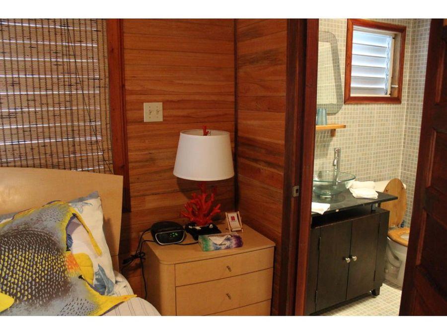 isla con hotel spa en belize
