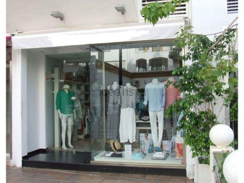 tienda en puerto banus
