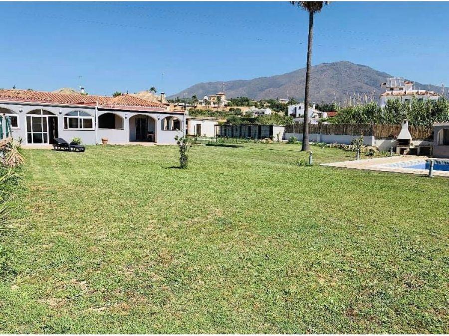 increible villa situado en valle romano estepona