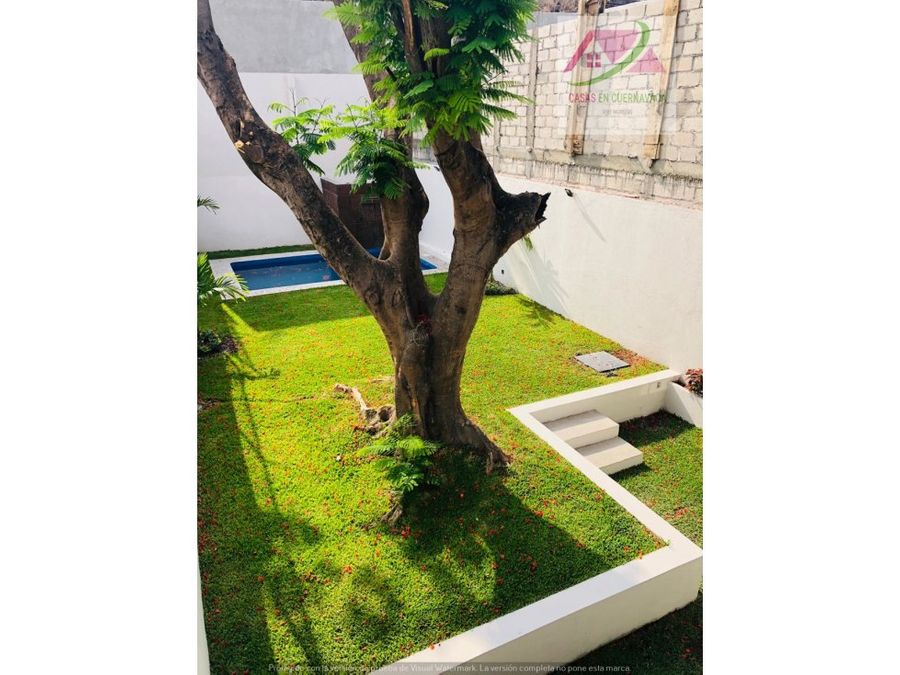 venta de casa con alberca y jardin propio