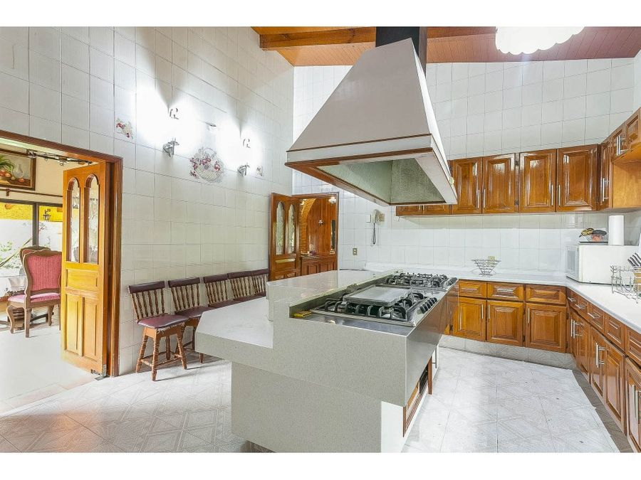 en venta casa residencial ubicada en estricto fraccionamiento sumiya