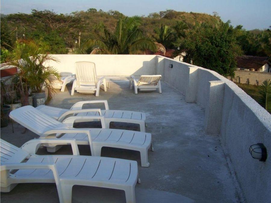 hotel de 14 habitaciones en playa samara