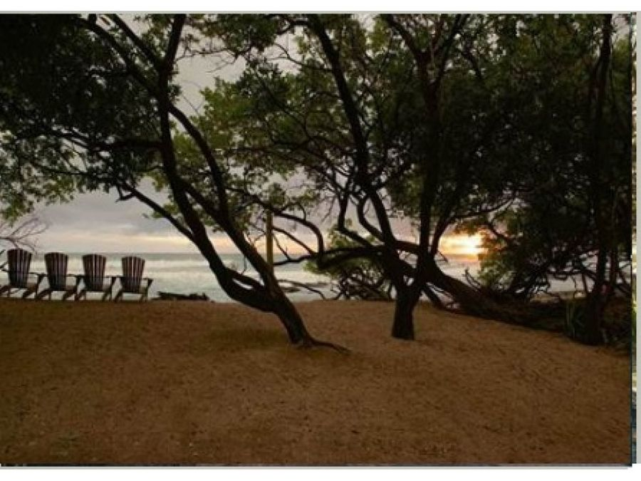 impresionante casa de playa en tamarindo