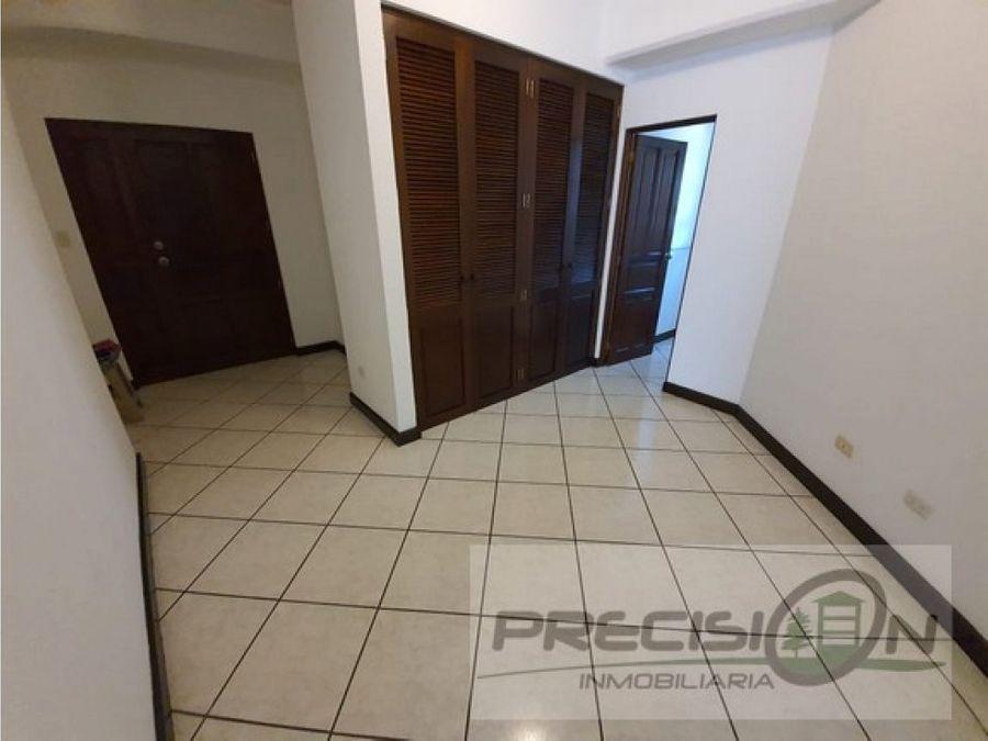 apartamento en alquiler zona 15 edificio real victoria