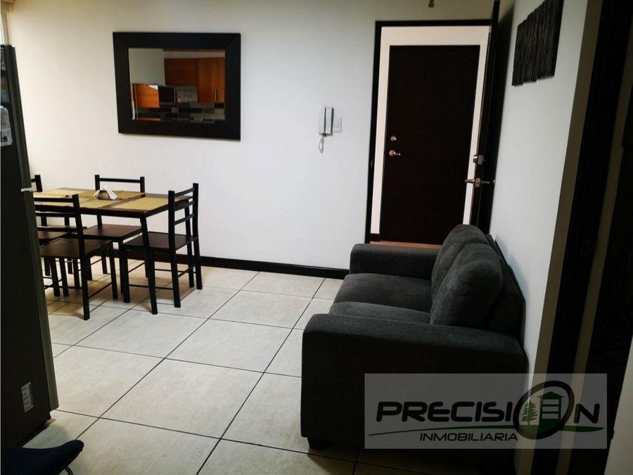 apartamento amueblado en alquiler zona 15 sector colonia el maestro