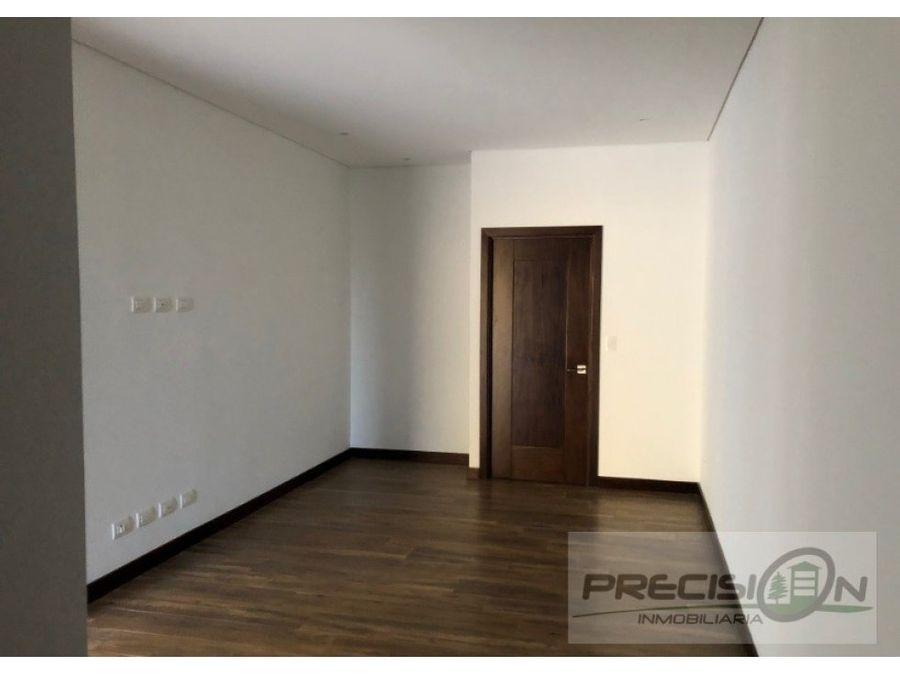 apartamento en venta en zona 16 acantos de cayala