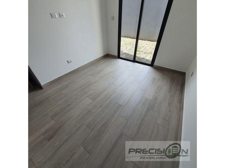 apartamento con jardin en alquiler zona 15 condominio epic 15