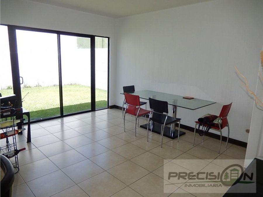 casa en zona 16 condominio portal de san isidro 1