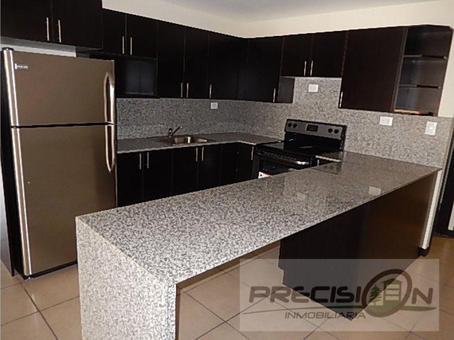 penthouse en venta en zona 9 torre barcelona