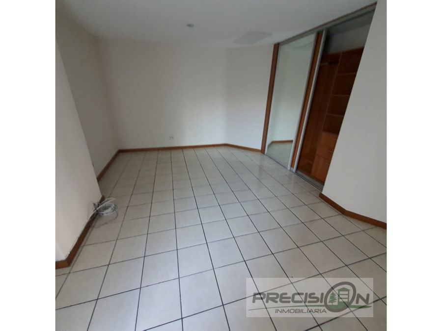 apartamento en alquiler zona 15 edificio las hadas