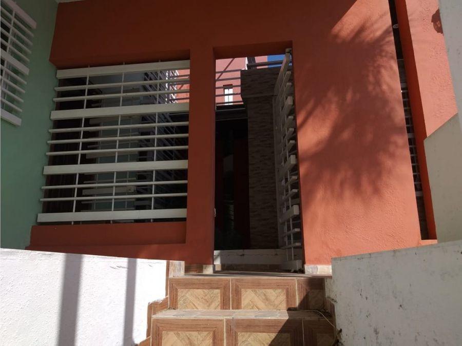 casa en venta en el sector cerros de arroyo hondo