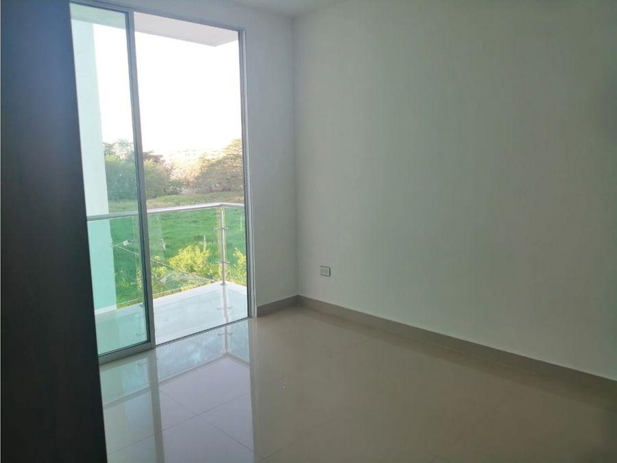 vende apartamento en la castellana 96m2