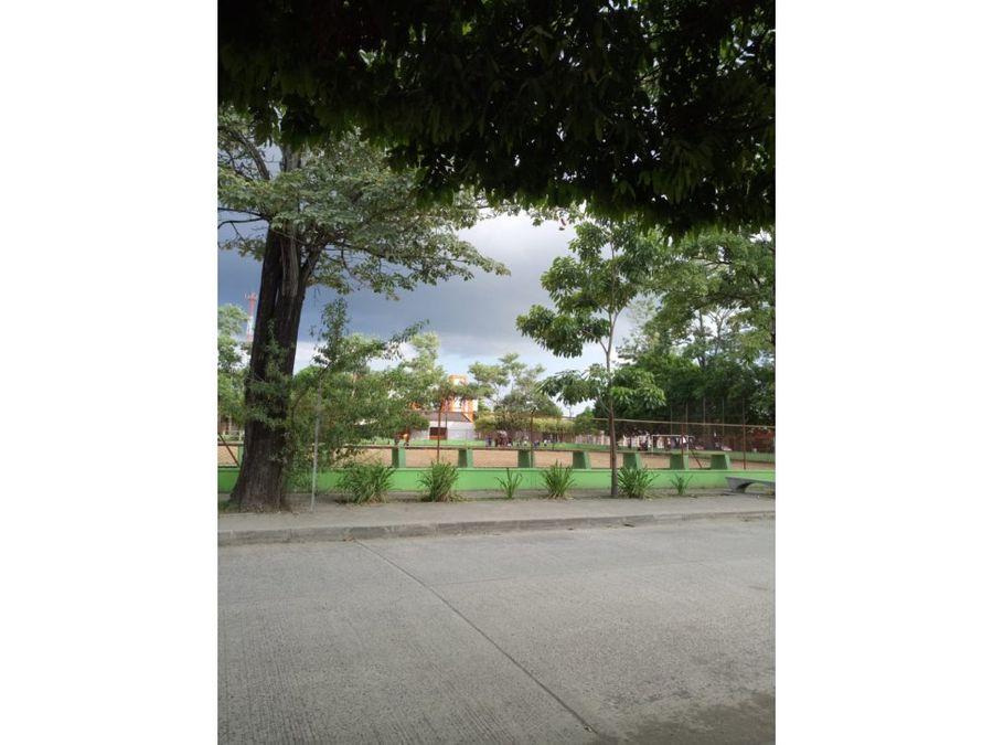 vende casa en barrio buenavista cerca a clinicas