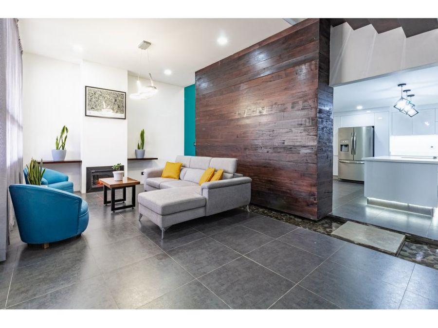 se vende casa impecable condominio santa emilia san isidro alajuela