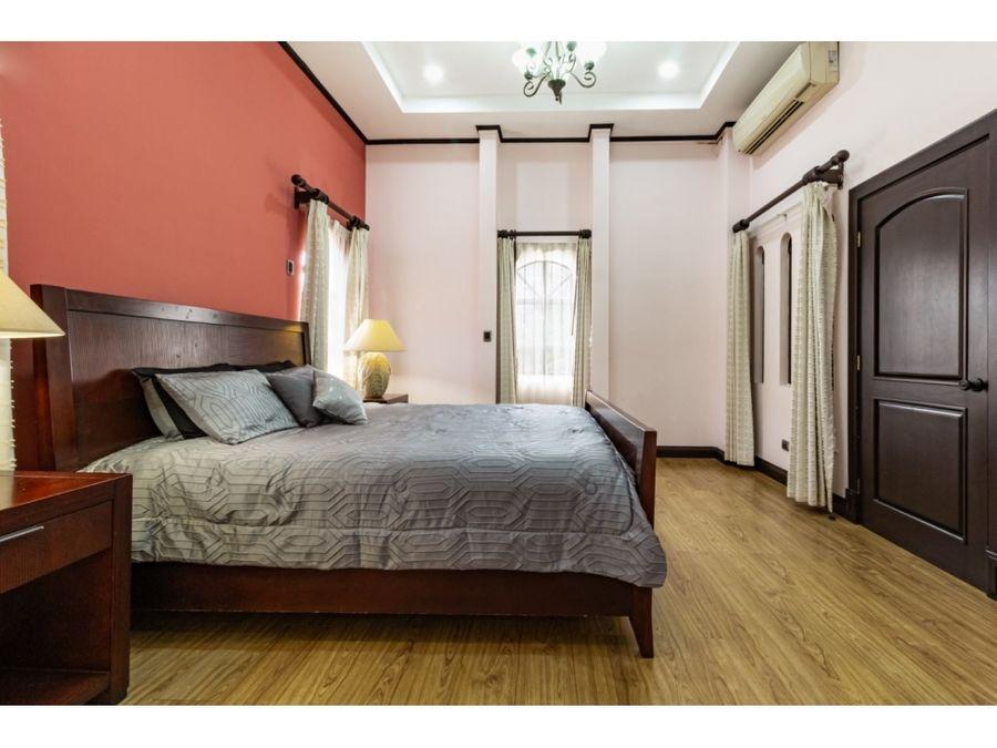 casa a la venta en la garita alajuela
