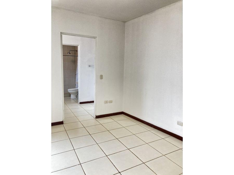 se alquila apartamento pozos de santa ana