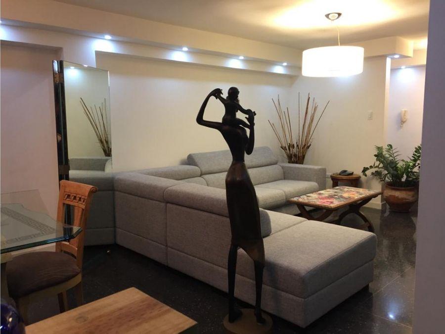 alquiler comodo apartamento en los palos grandes