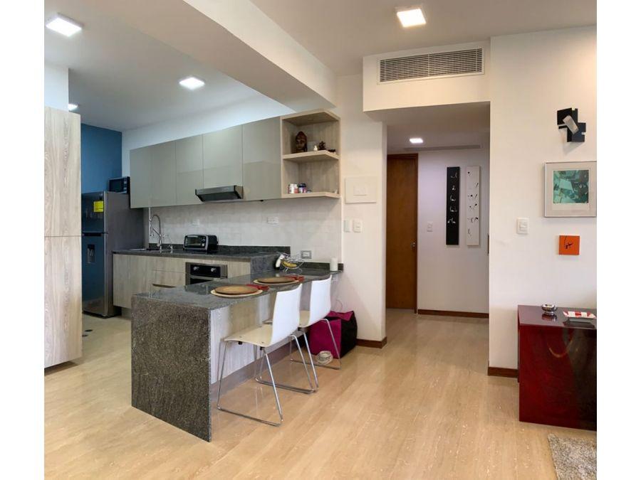 se vende bello apartamento en premium campo claro