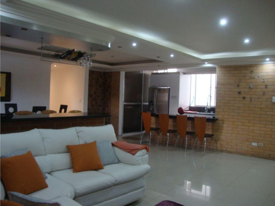 se vende apartamento en bello campo chacao