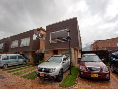 se vende casa en chia variante