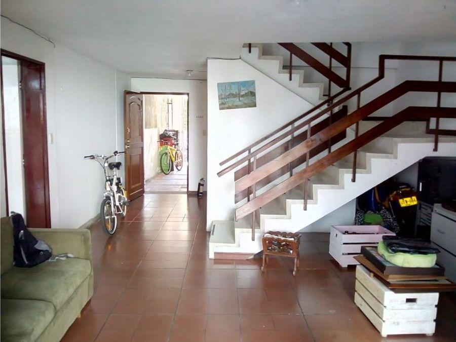 casa amoblada en arriendo los colores medellin