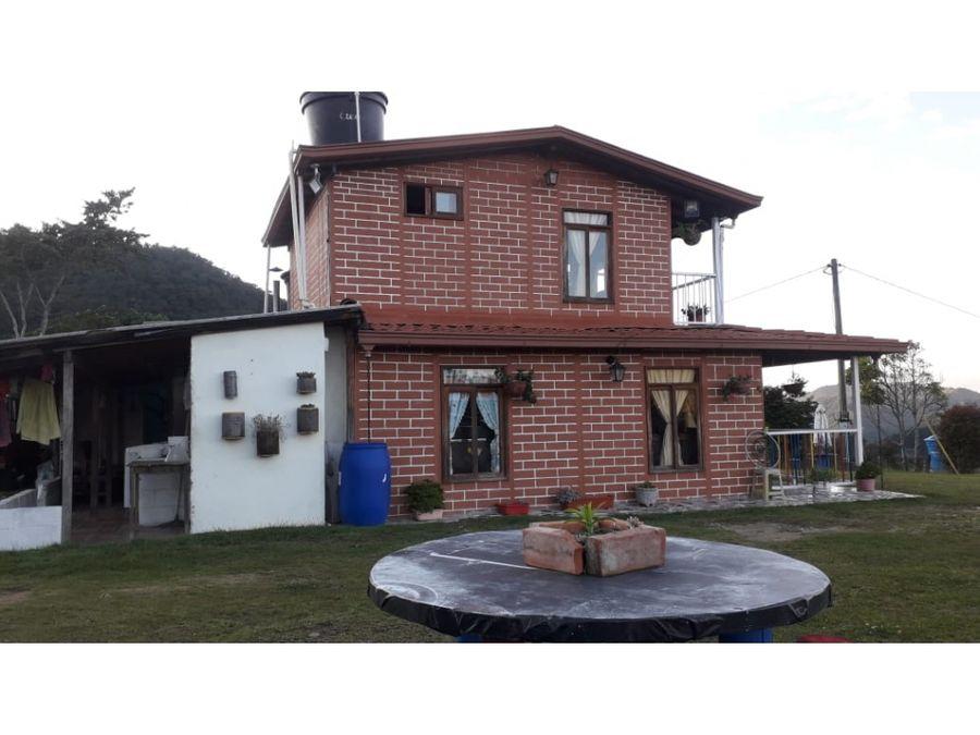 venta de casa lote la ceja