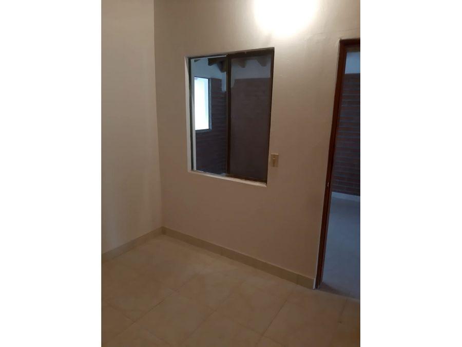 venta de casa 2 piso en la ceja economica