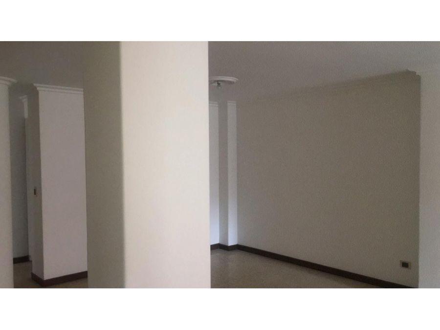 venta apartamento en conquistadores