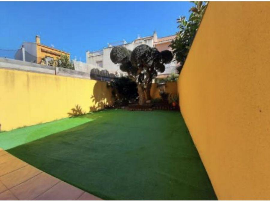 casa en santa oliva