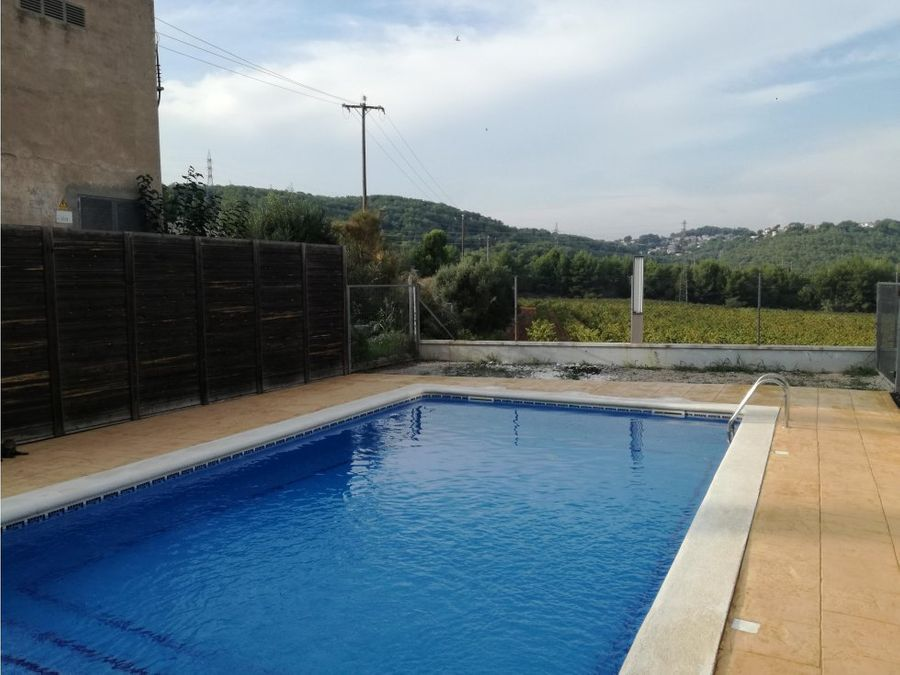 planta baja con piscina