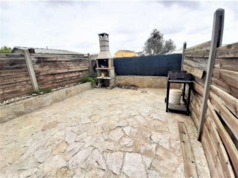 casa en les pedreres santa oliva