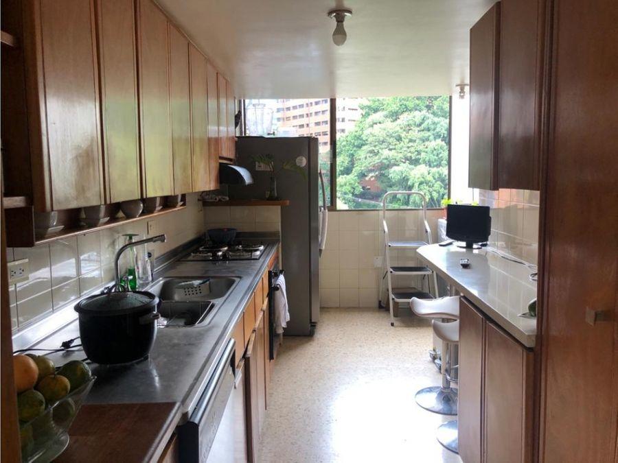 venta de apartamento en el poblado patio bonito