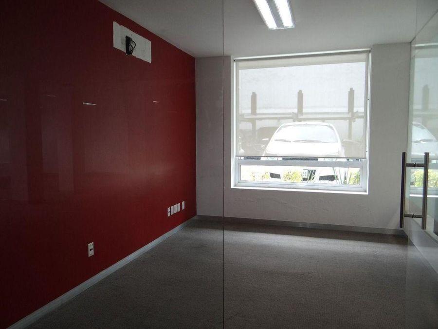 oficina con terraza y estacionamiento en polanco