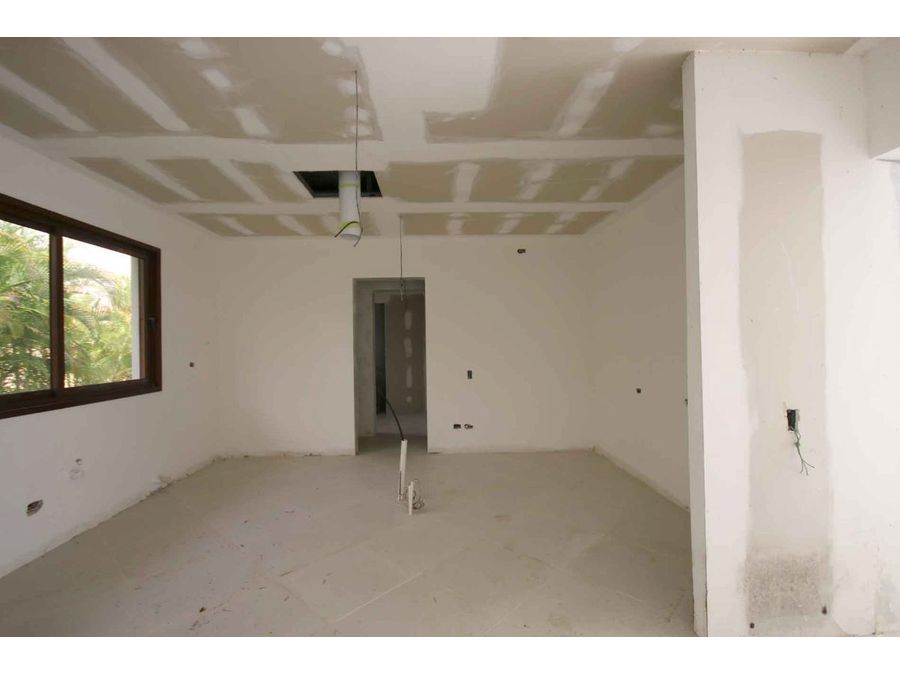 villa con 4 hab en construccion