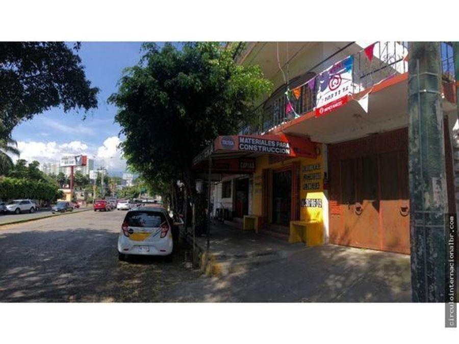 casa frente a plaza cuernavaca