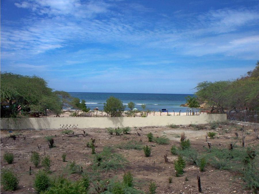 terreno en venta frente a la playa