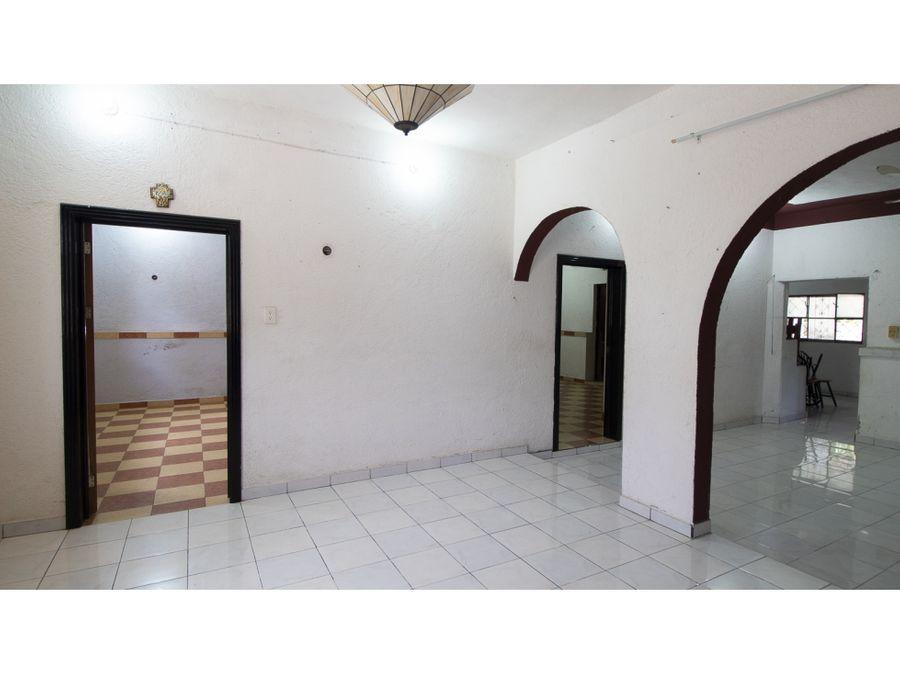 casa muy cerca del convento de sisal