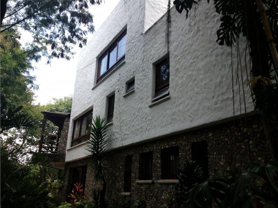 venta casa medellin poblado vizcaya