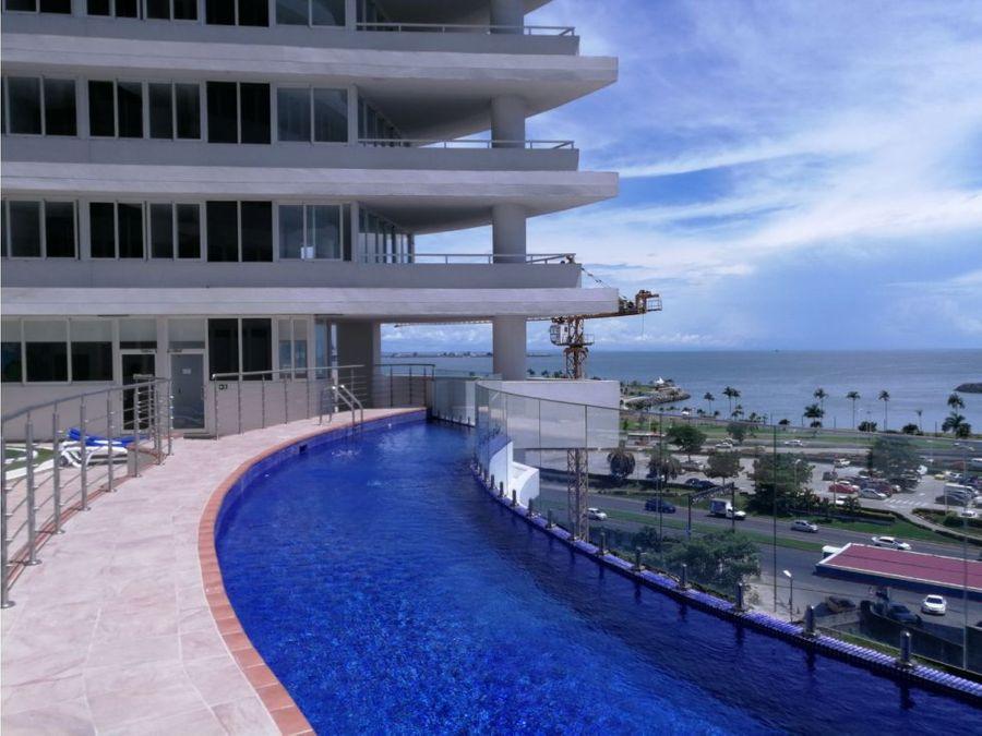 av balboa bay view frente a cinta costera