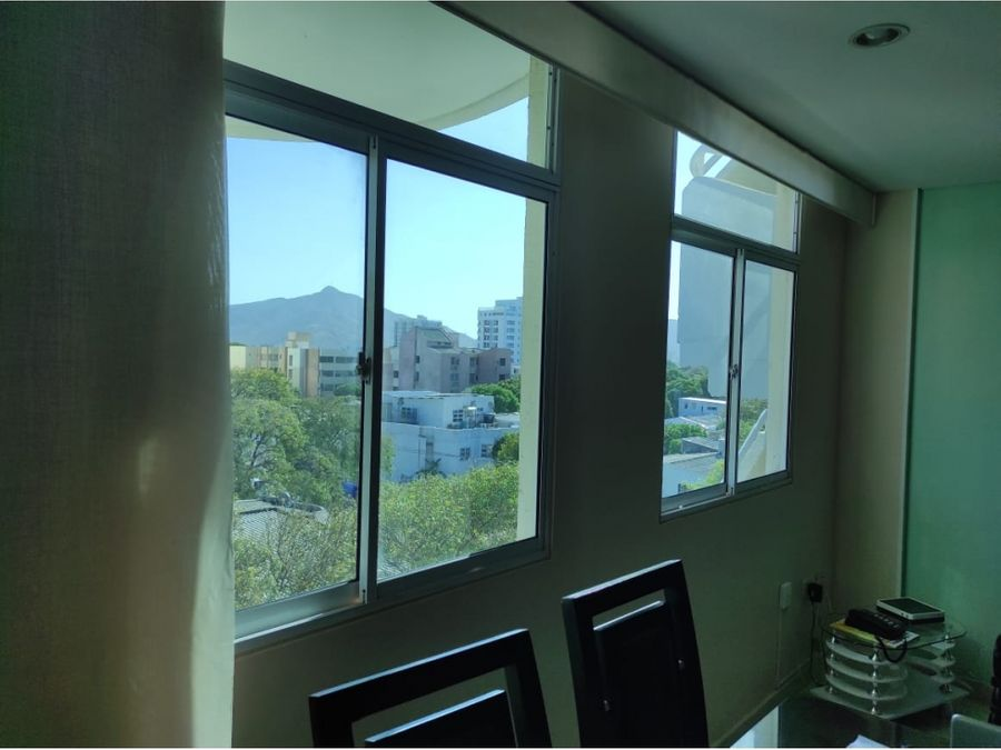 venta de apartamento en santa marta ubicacion central