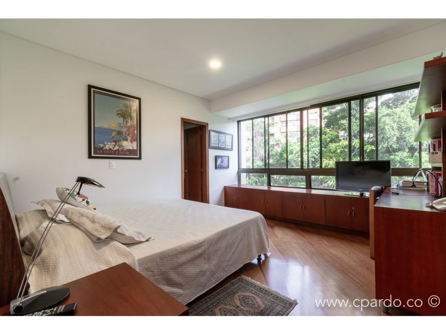 apartamento para la venta por el club campestre
