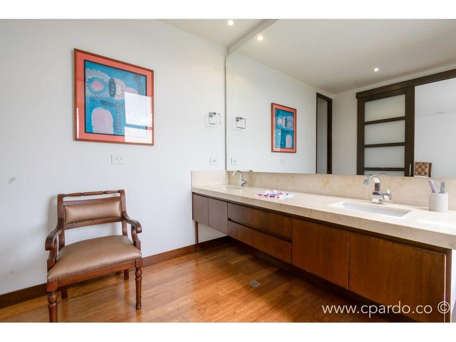 apartamento para la venta en los balsos parte alta