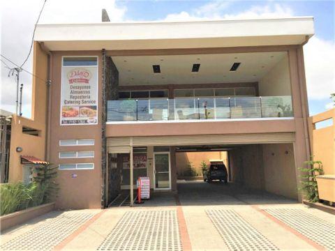 al052 alquilo locales para comercio u oficinas en belen