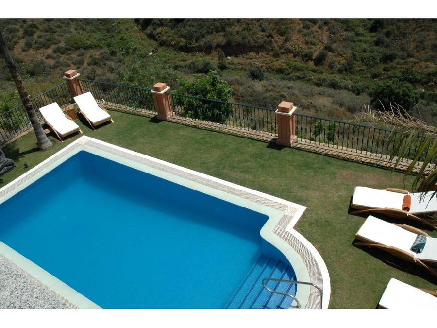venta villa rio real marbella