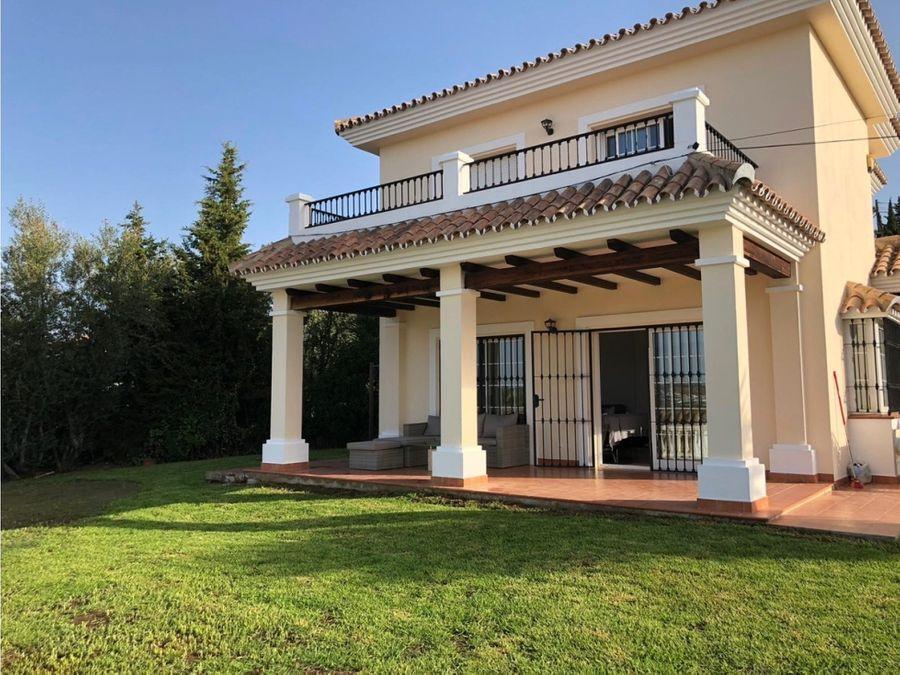 venta villa sierrezuela vista mar